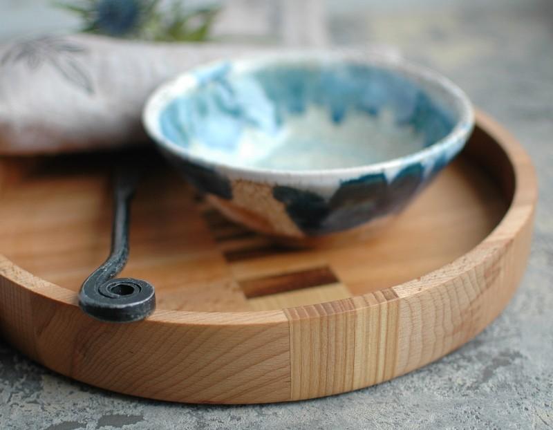 картинка Большой деревянный поднос ручной работы - DishWishes.Ru