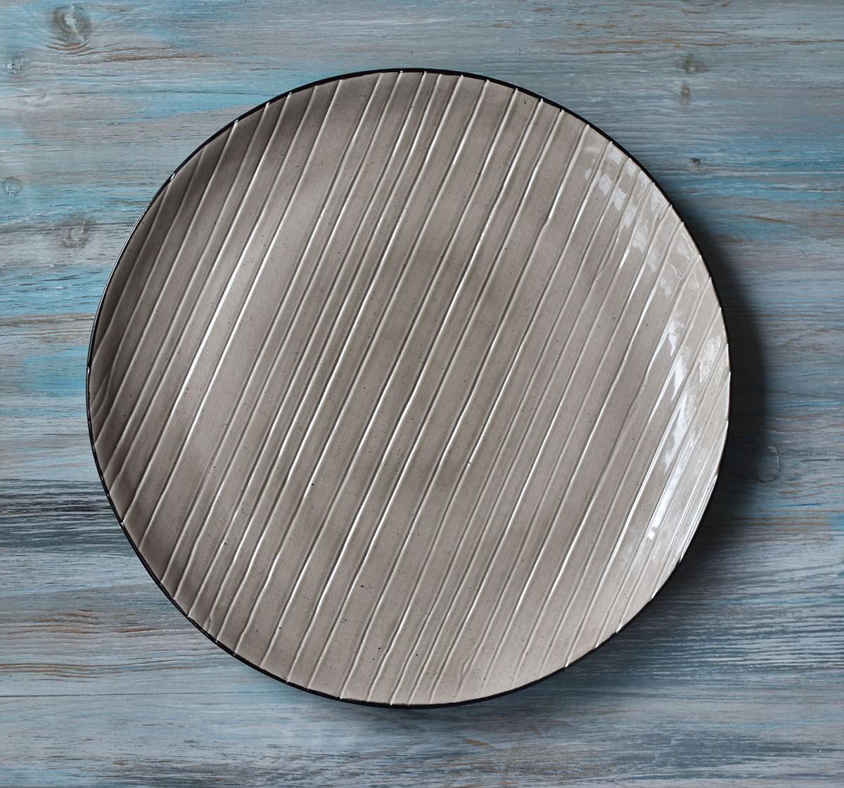 """картинка Большая керамическая тарелка ручной работы """"Полосы"""" - DishWishes.Ru"""