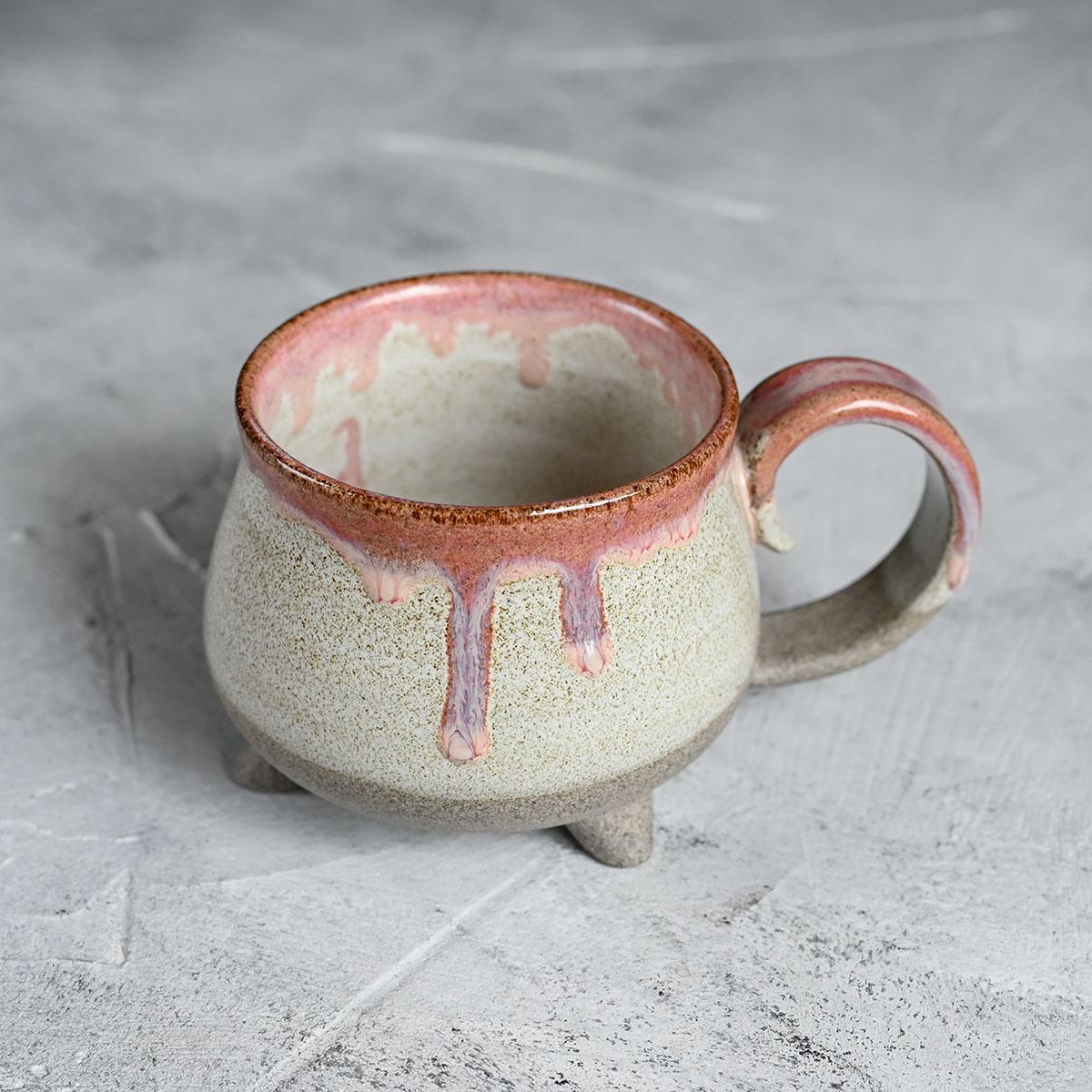 картинка Чашка на ножках Виктории Юрьевой 10 - DishWishes.Ru