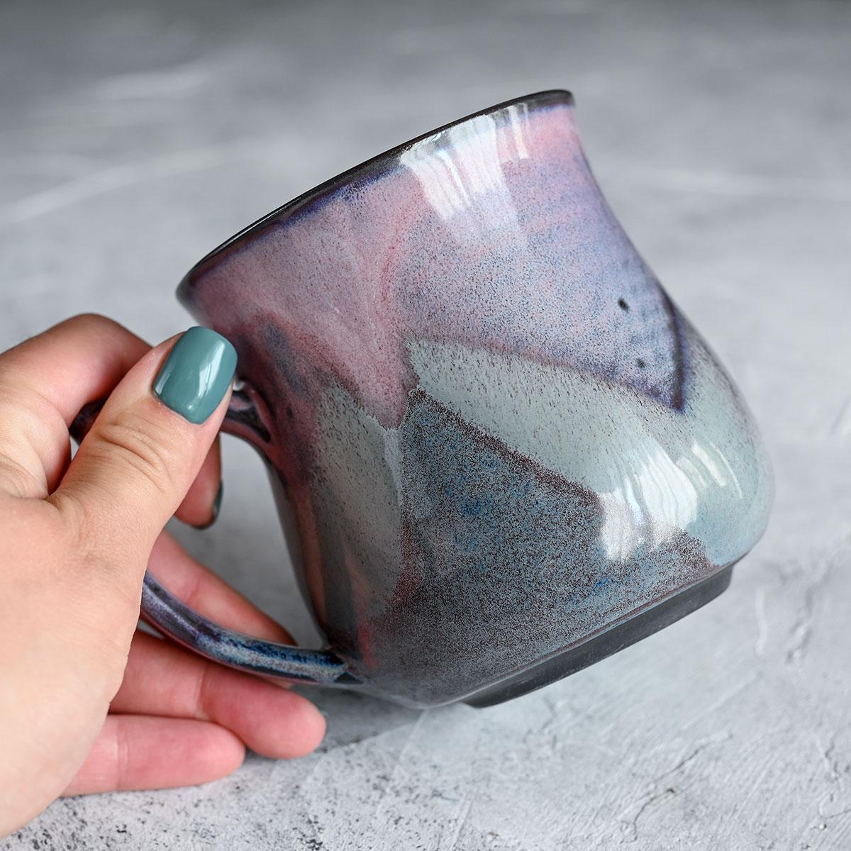 картинка Чашка из черного фарфора А.Заболотникова 2 - DishWishes.Ru