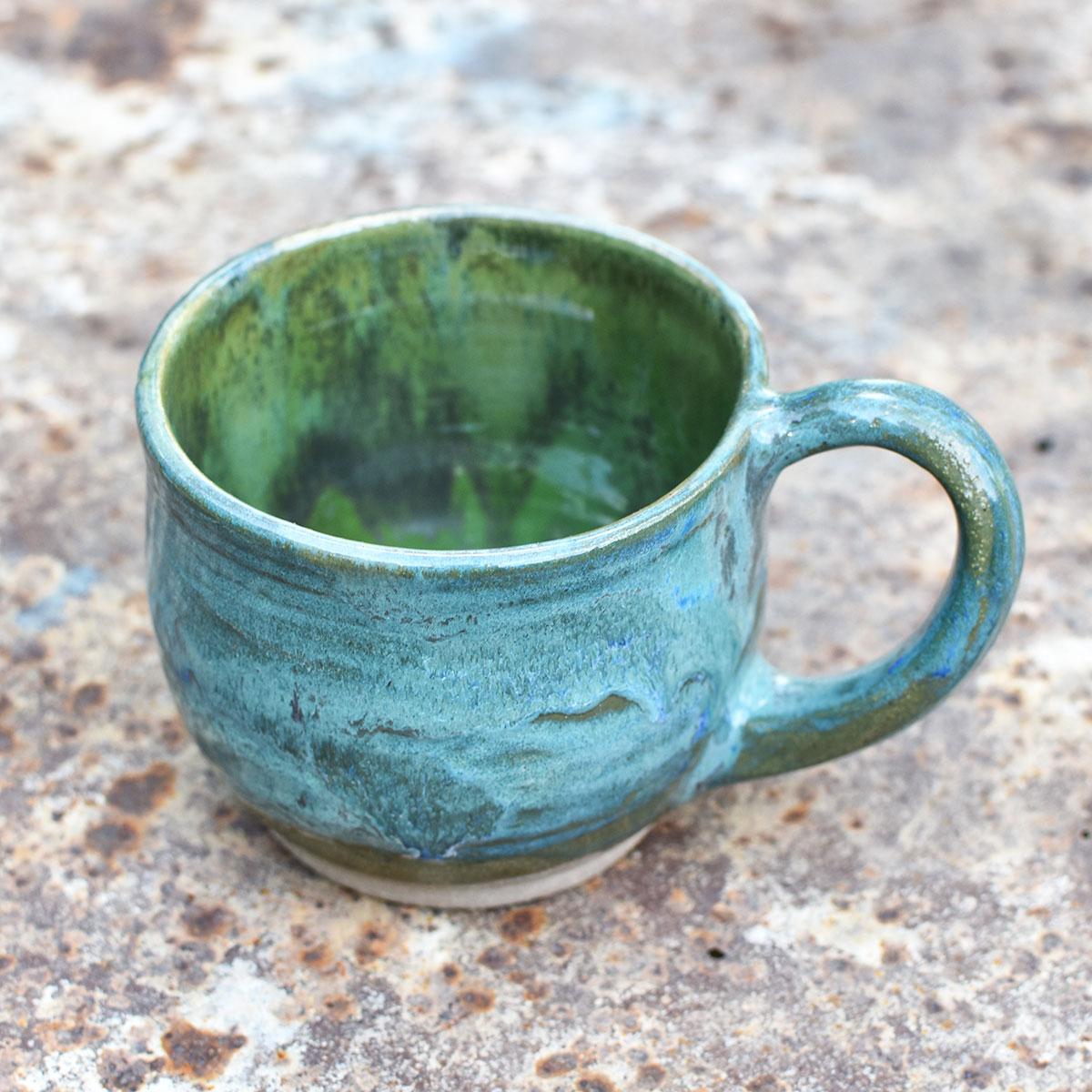 "картинка Чашка ручной работы ""Оливка"" - DishWishes.Ru"