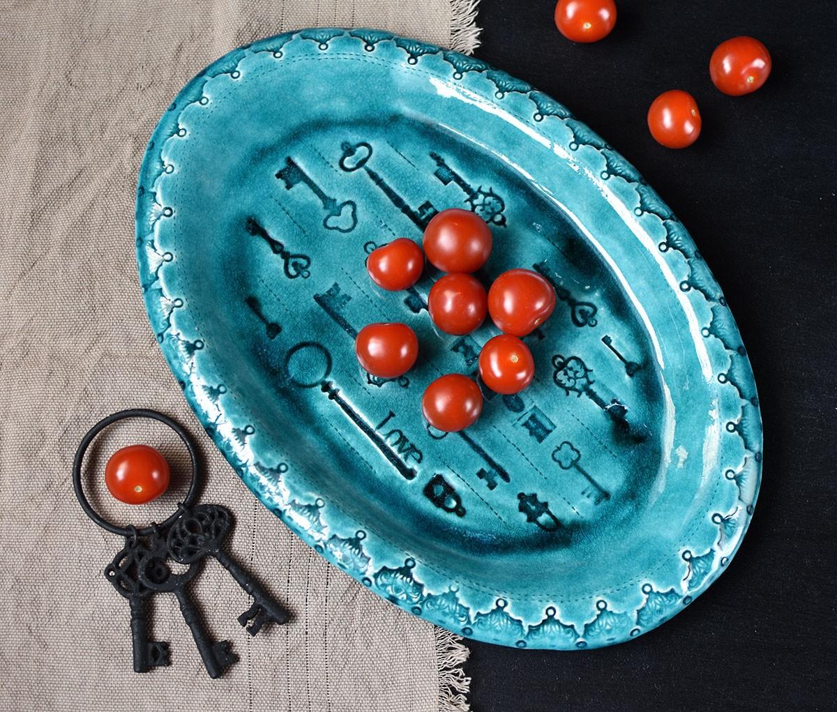 """картинка Овальное керамическое блюдо """"Ключи"""" - DishWishes.Ru"""
