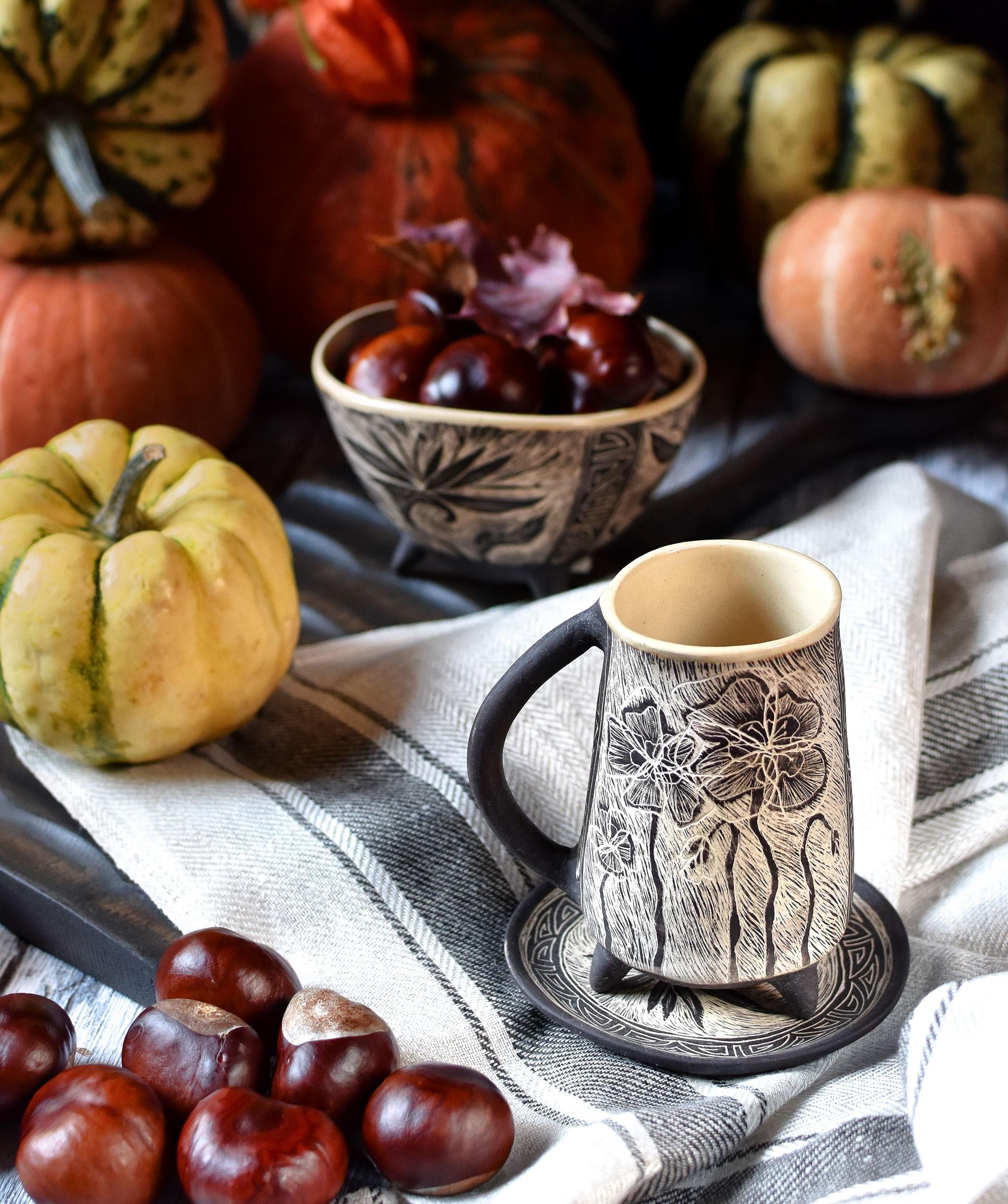 "картинка Кофейная чашка на ножках ""Маки"" - DishWishes.Ru"