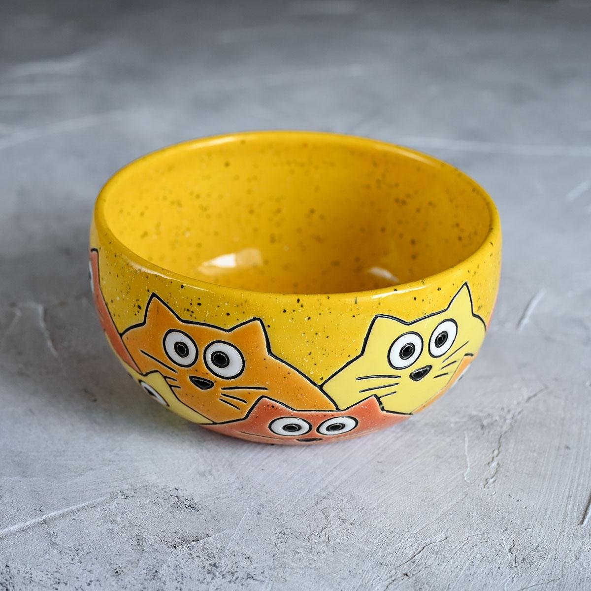 """картинка Миска """"Котики"""" желтая - DishWishes.Ru"""