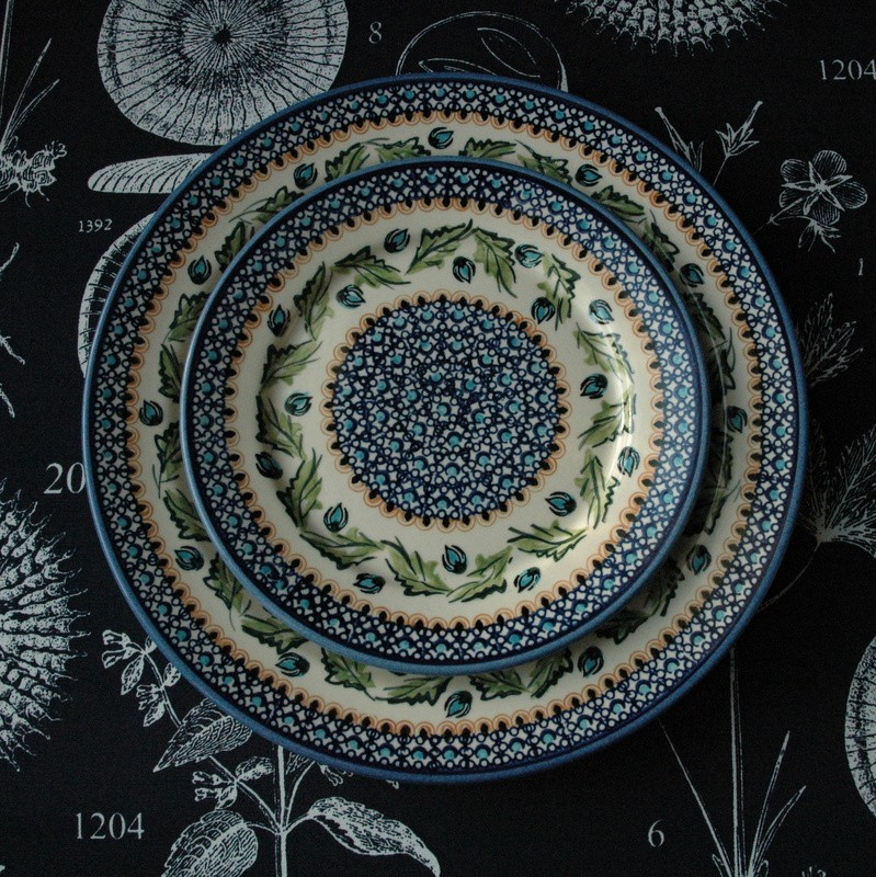 картинка Обеденная тарелка с темно-синим узором - DishWishes.Ru