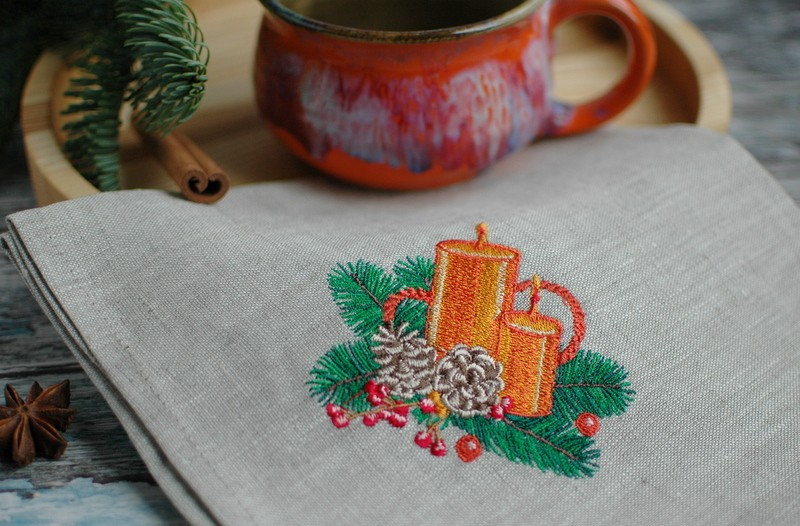 "картинка Салфетка с вышивкой ""Свечи"" - DishWishes.Ru"
