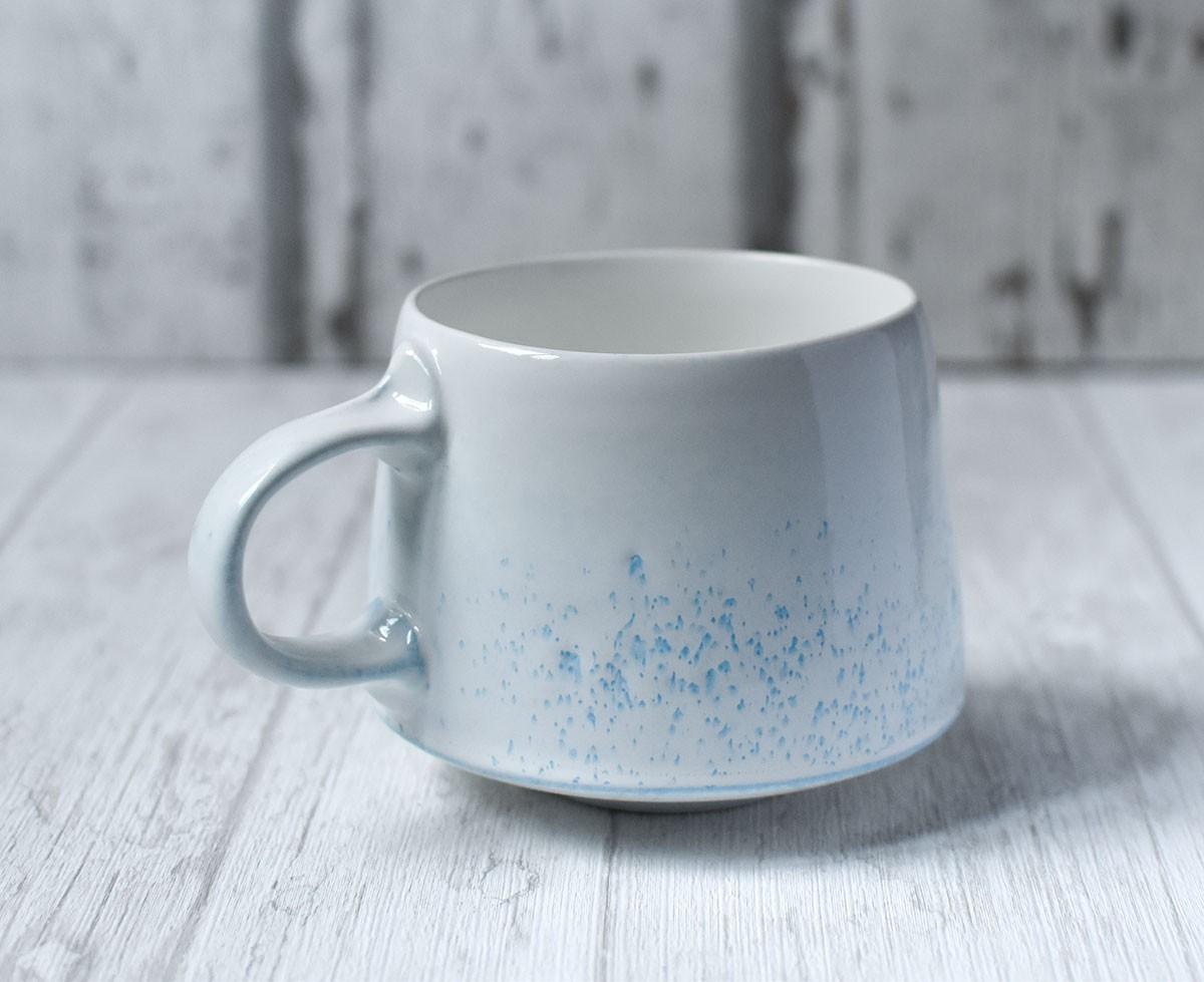 """картинка Чашка ручной работы """"Чистое небо"""" - DishWishes.Ru"""