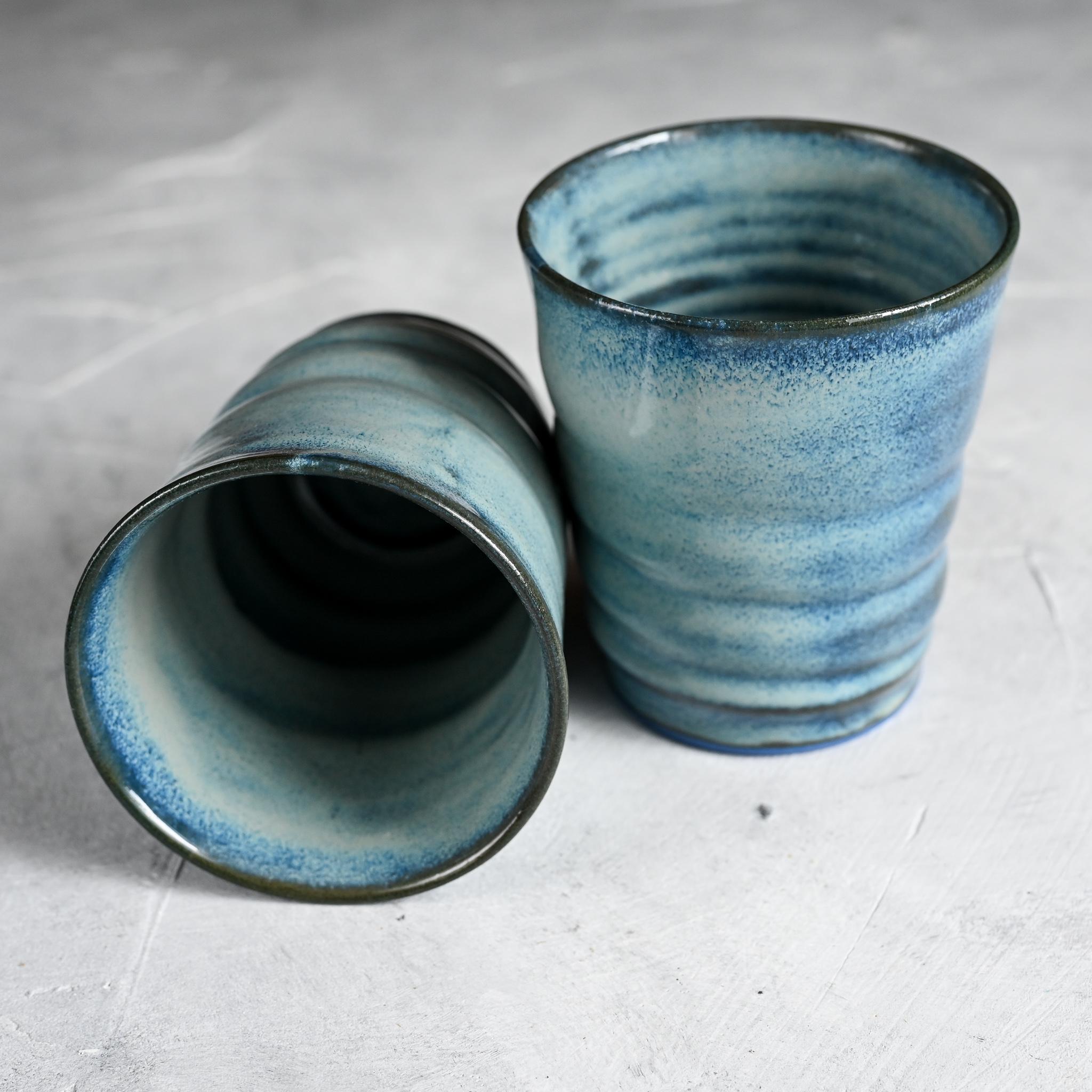 картинка Стакан из синего фарфора голубой - DishWishes.Ru