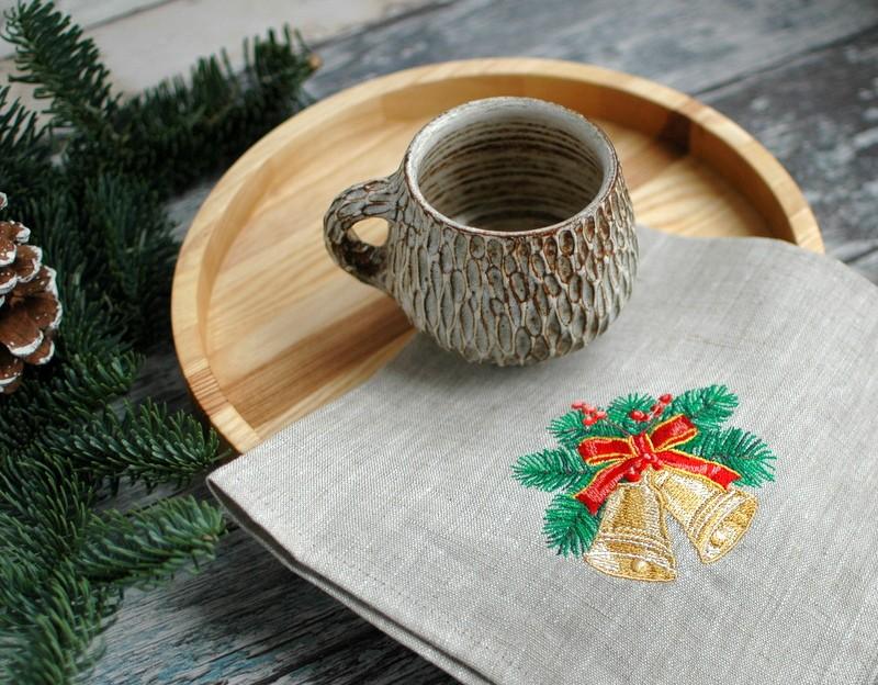 "картинка Салфетка с вышивкой ""Колокольчики"" - DishWishes.Ru"