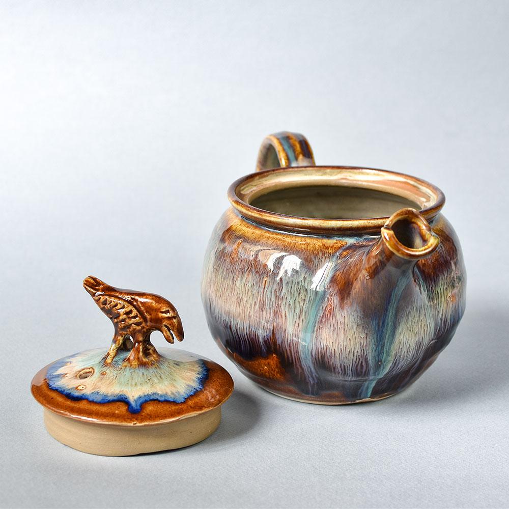 картинка Большой классический чайник с вороном - DishWishes.Ru
