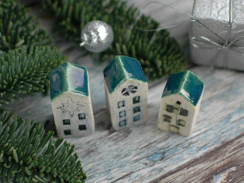 картинка Маленький керамический домик с крышей - DishWishes.Ru