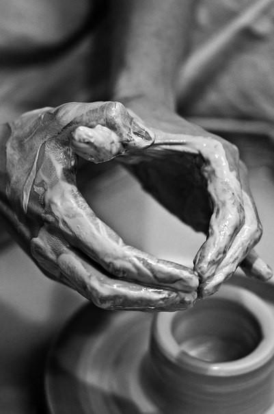 картинка Индивидуальное занятие за гончарным кругом - DishWishes.Ru