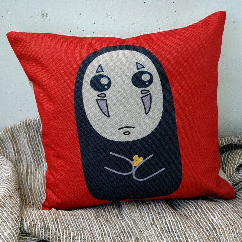 "картинка Чехол на подушку ""Безликий"" - DishWishes.Ru"