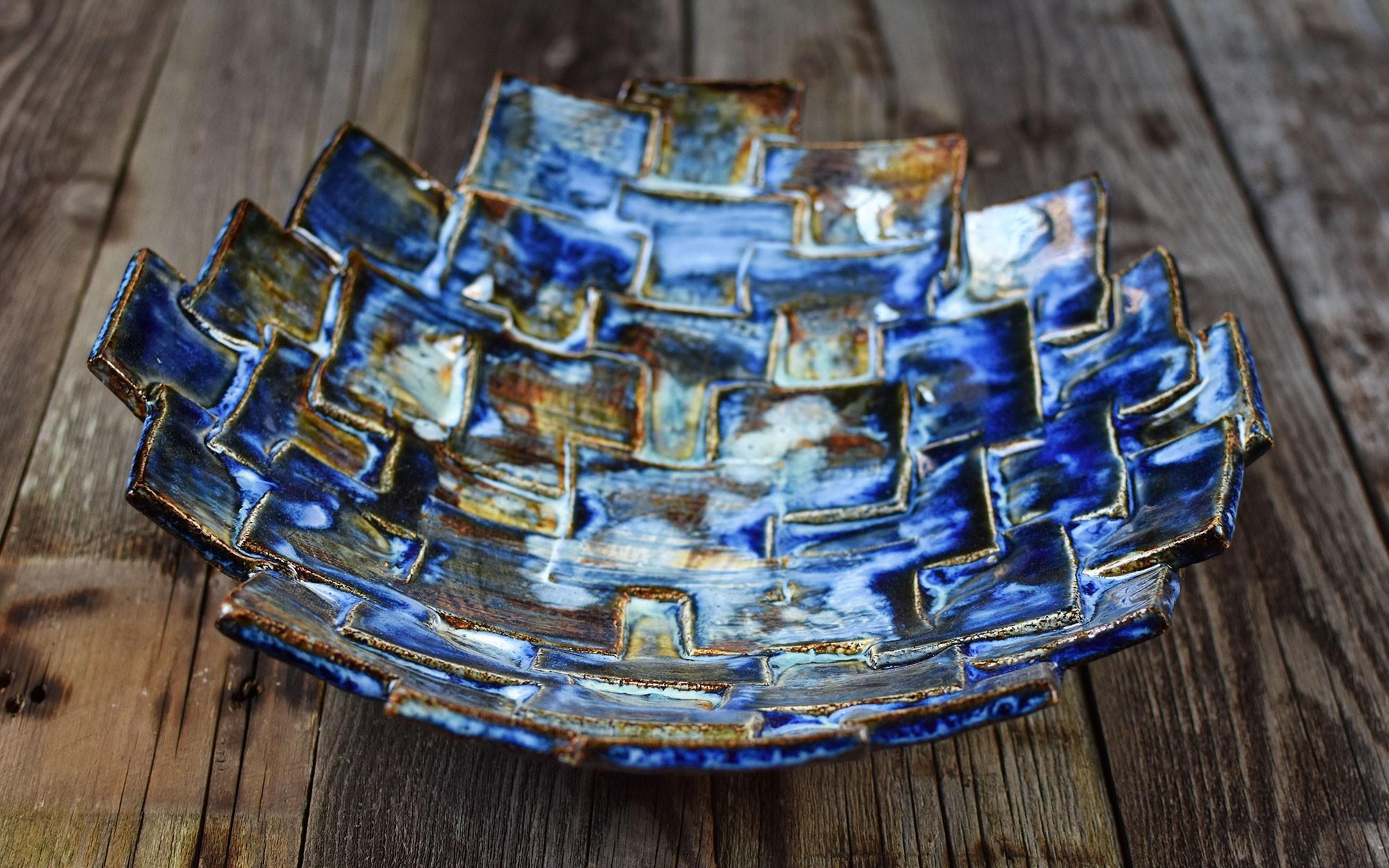 """картинка Глубокое керамическое блюдо """"Ночной город"""" - DishWishes.Ru"""