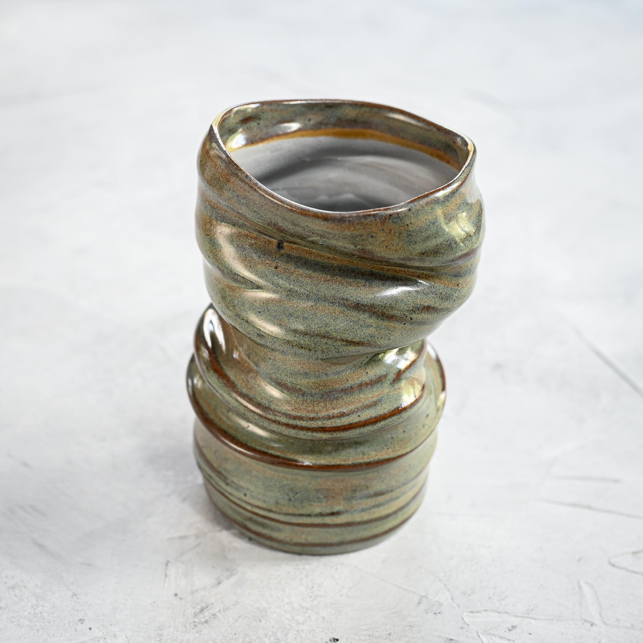 картинка Керамическая ваза-стакан Deya - DishWishes.Ru