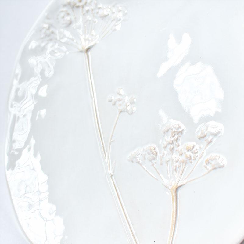 """картинка Большая керамическая тарелка """"Зонтики"""" - DishWishes.Ru"""