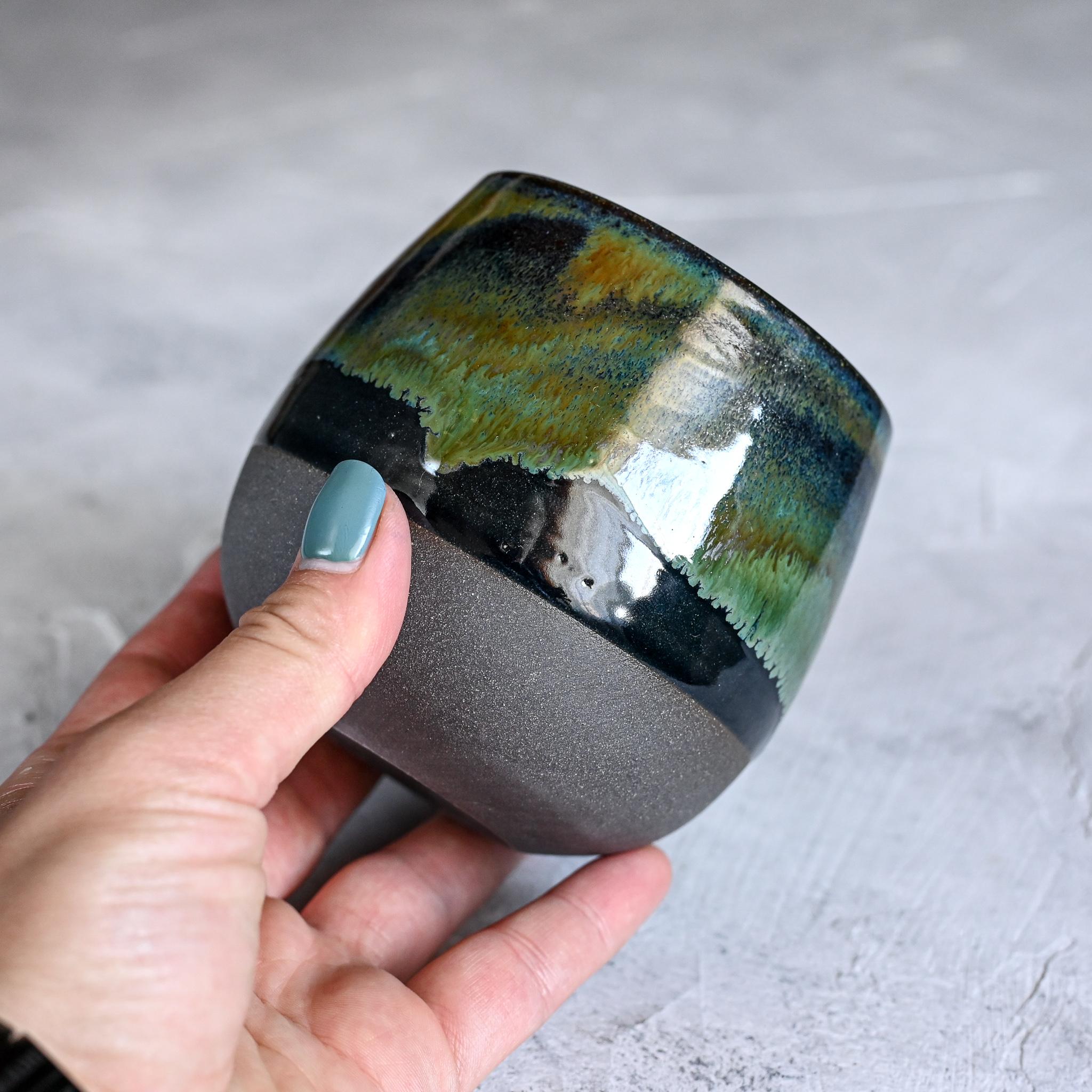 картинка Керамический стакан Марии Левиной 22 - DishWishes.Ru