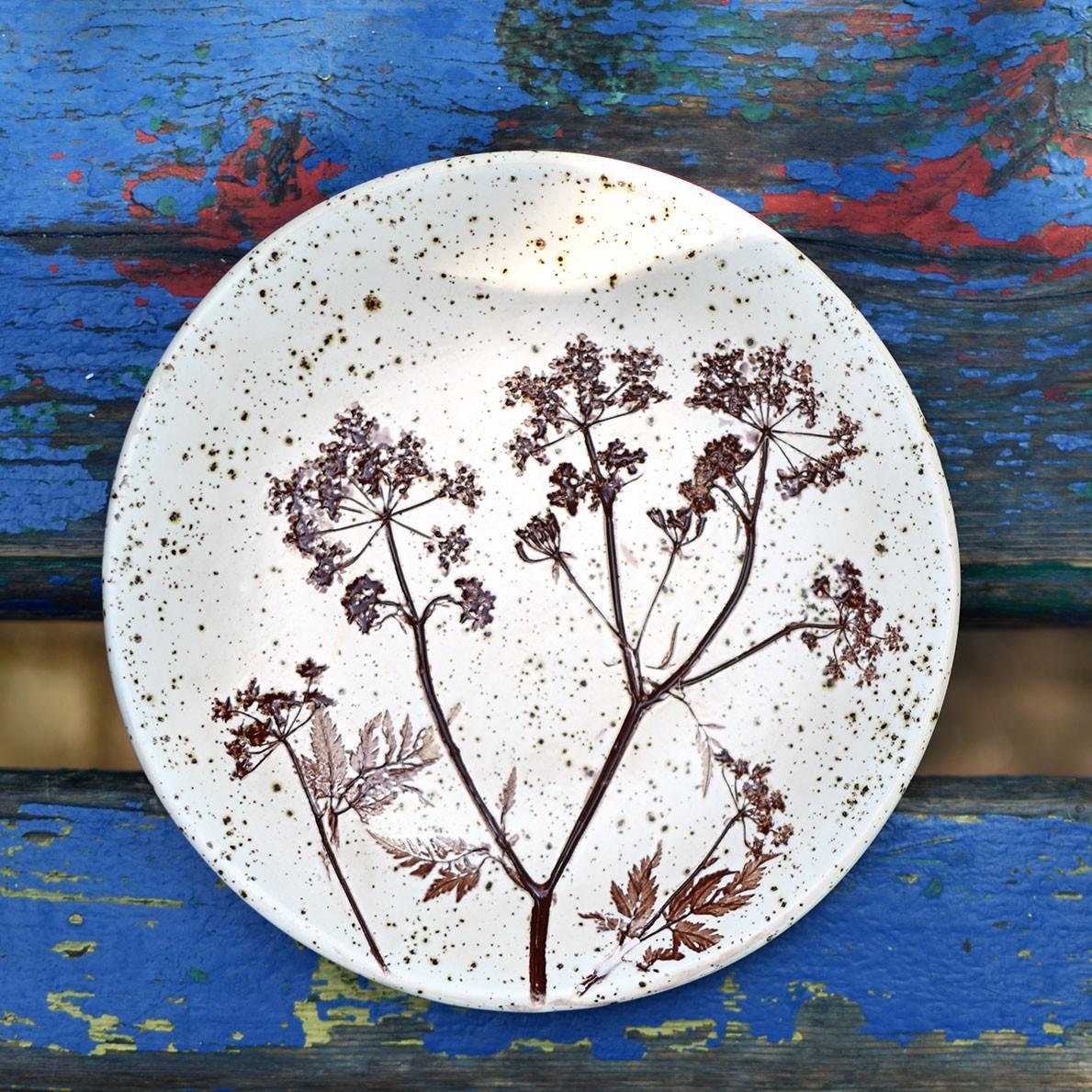 """картинка Керамическая тарелка """"Осенние зонтики"""" - DishWishes.Ru"""