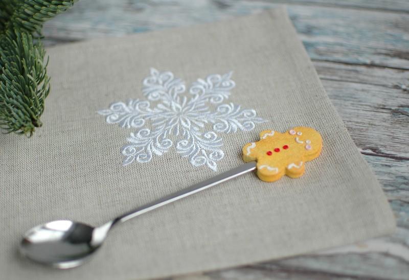 "картинка Салфетка с вышивкой ""Волшебная снежинка"" - DishWishes.Ru"