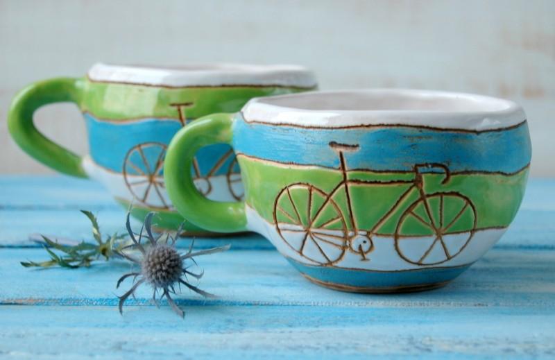 """картинка Чашка зеленая полосатая """"Велосипед"""" - DishWishes.Ru"""