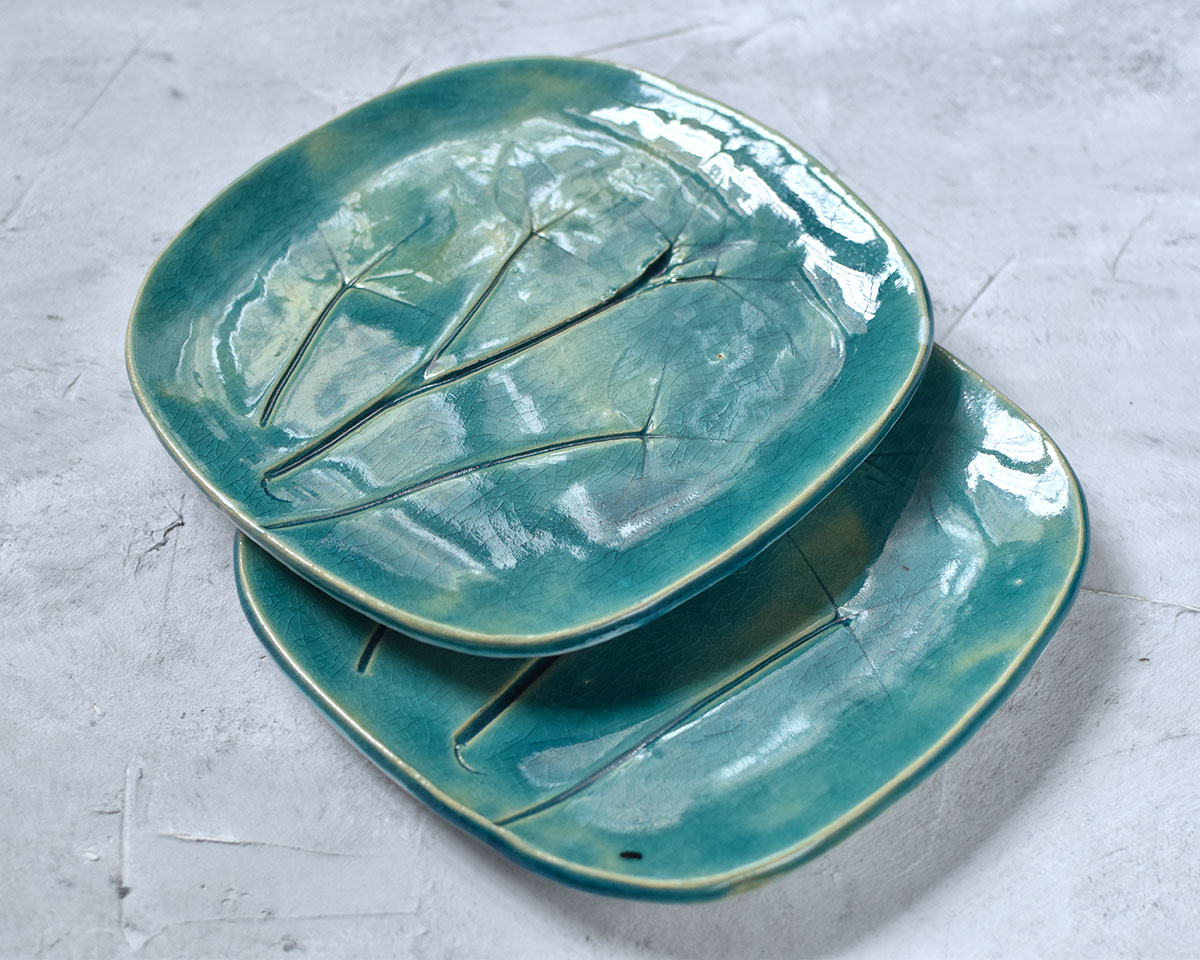 "картинка Набор из блюда и двух тарелок ""Клевер"" - DishWishes.Ru"