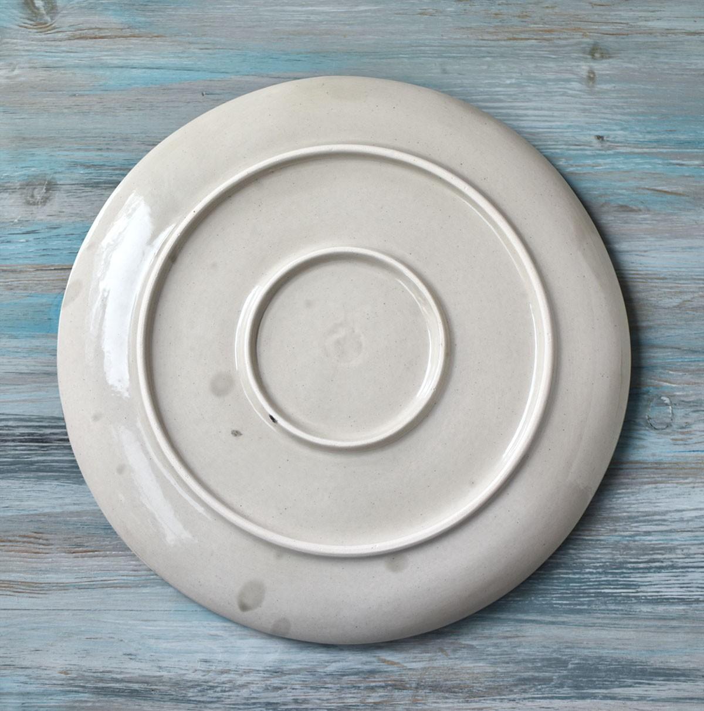 """картинка Большая керамическая тарелка ручной работы """"Пятнышки"""" - DishWishes.Ru"""