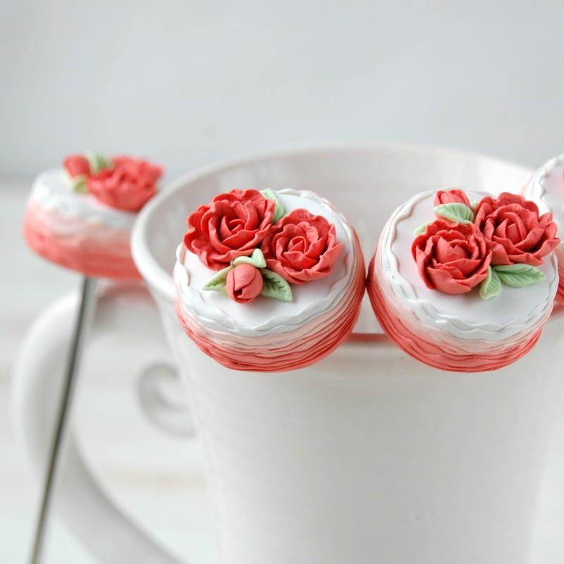 """картинка Чайная ложка с тортом """"Розы"""" - DishWishes.Ru"""