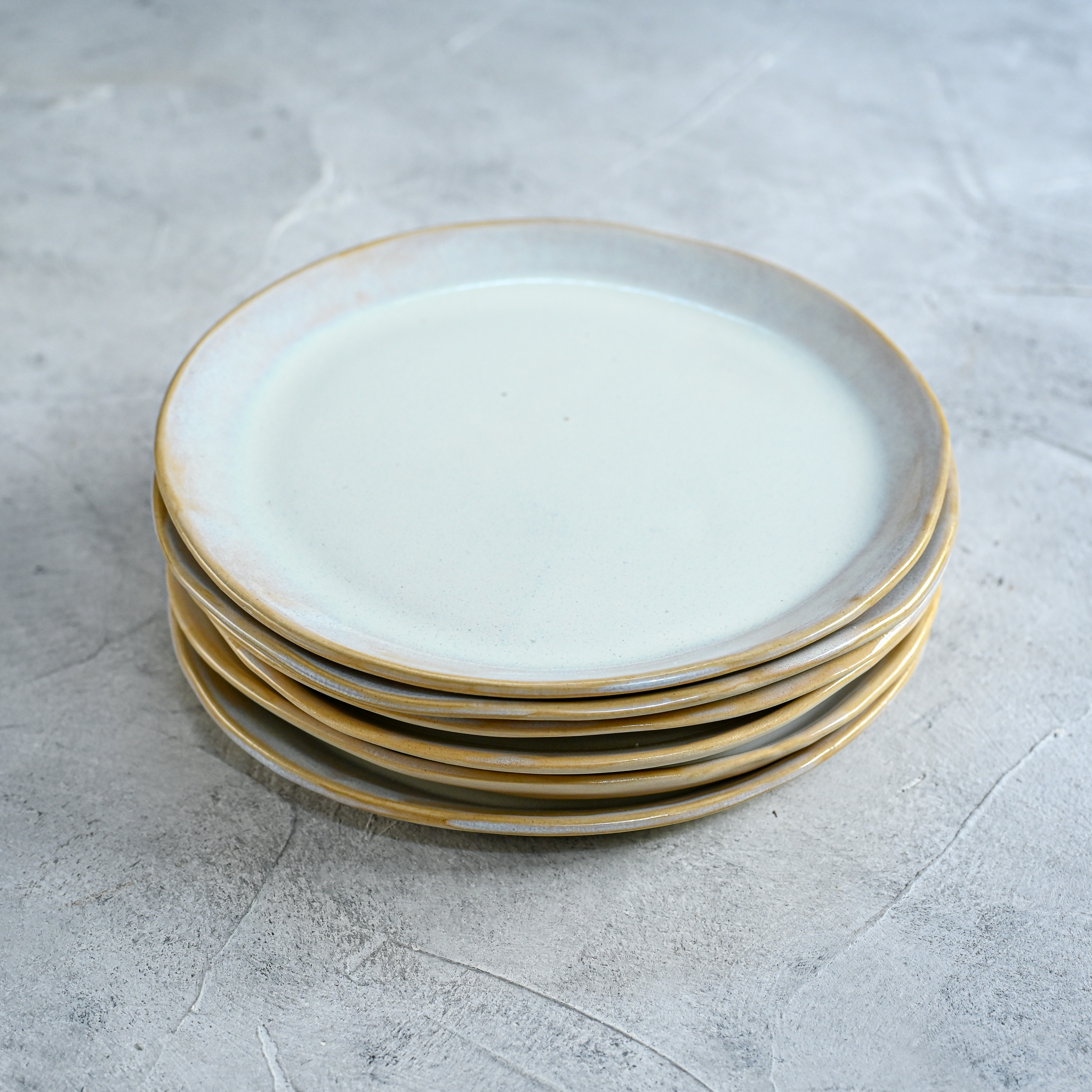 "картинка Керамическая тарелка ""Жемчужина"" - DishWishes.Ru"