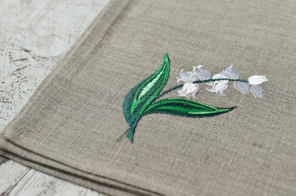 "картинка Льняная салфетка с вышивкой ""Ландыш"" - DishWishes.Ru"