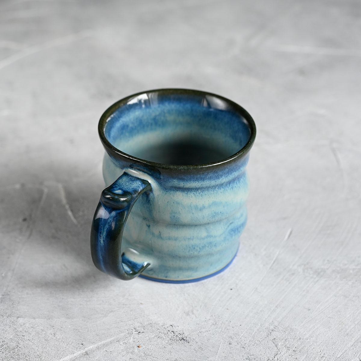 картинка Кружка из синего фарфора малая голубая - DishWishes.Ru