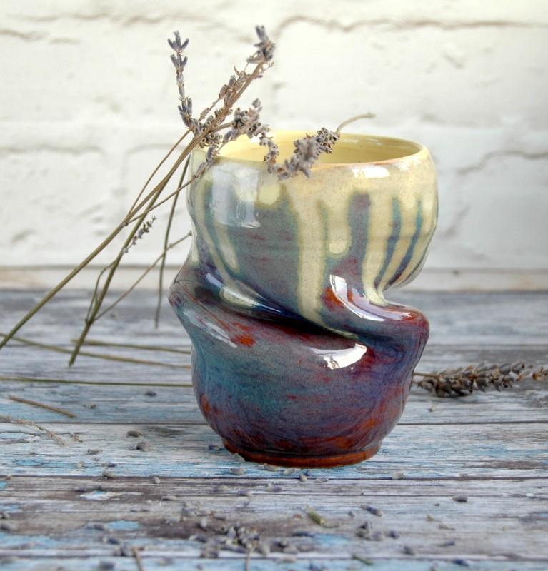 """картинка Керамический стакан ручной работы """"Торнадо"""" - DishWishes.Ru"""