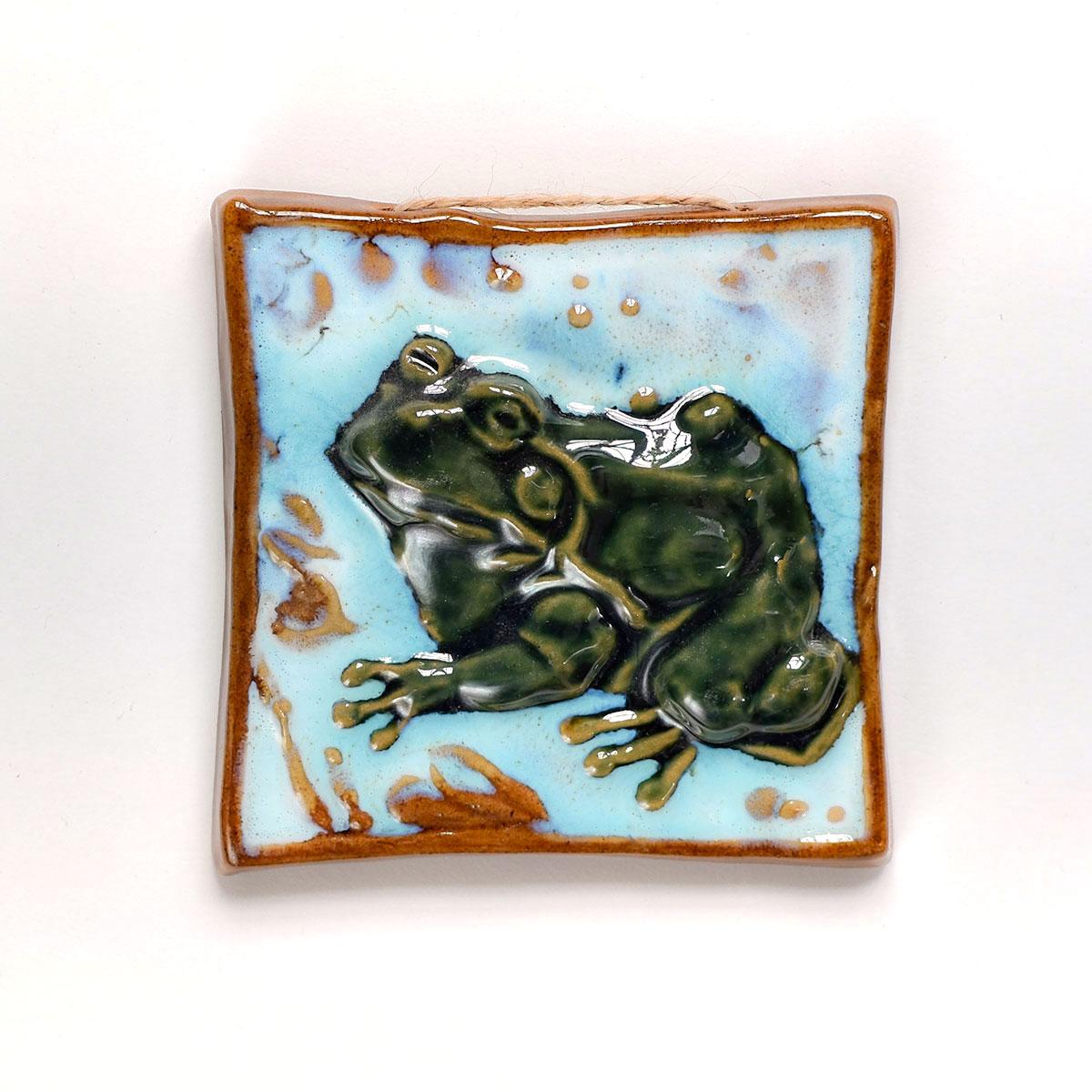 """картинка Керамический изразец """"Лягушка"""" - DishWishes.Ru"""