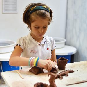 Детские занятия по керамике в TiS
