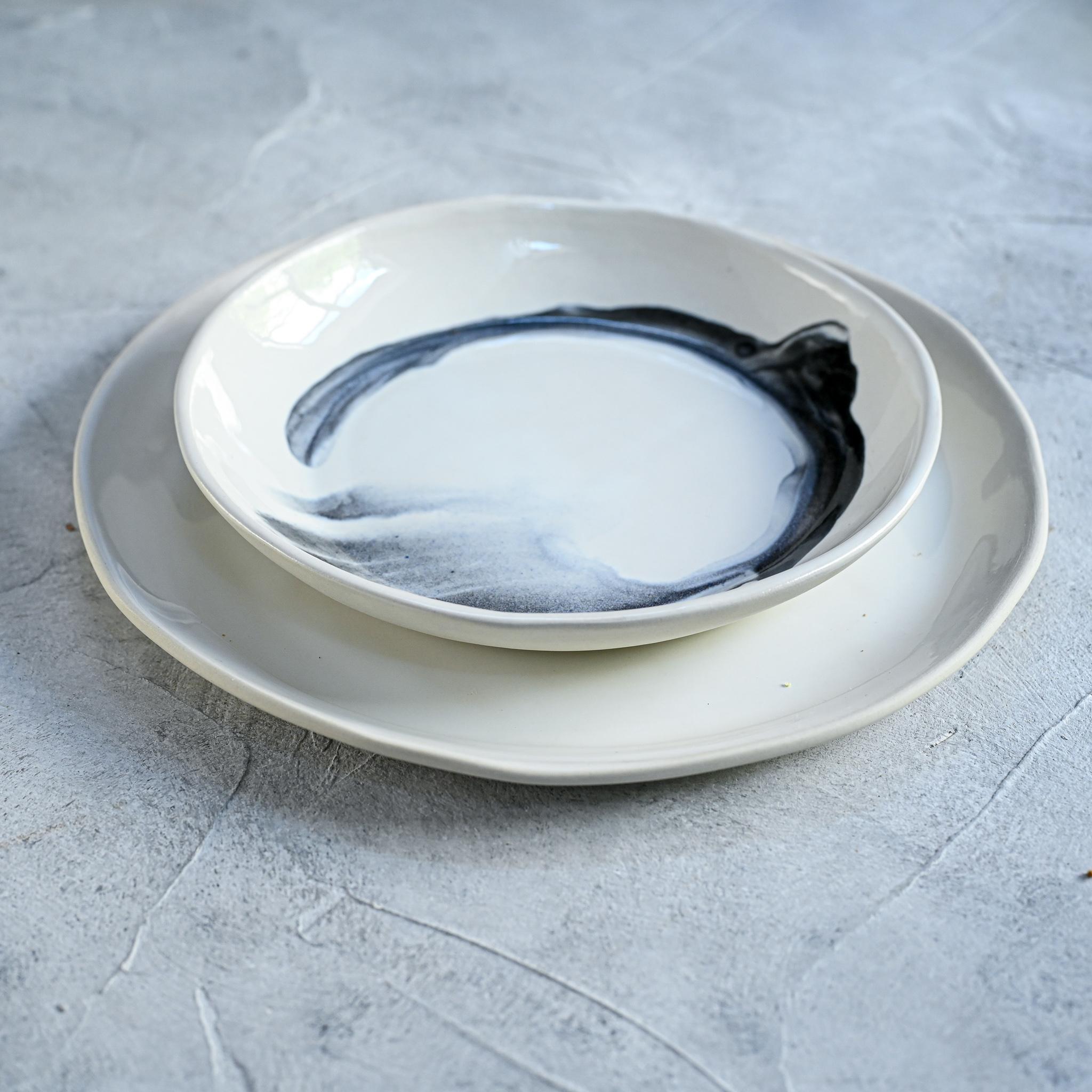 """картинка Керамическая тарелка """"Грозовые облака"""" малая - DishWishes.Ru"""