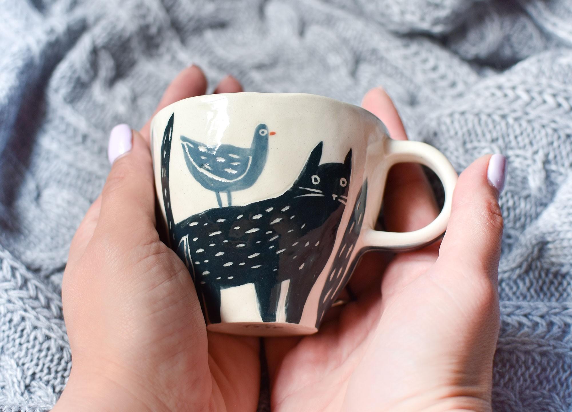 """картинка Керамическая чашка """"Черный кот"""" - DishWishes.Ru"""