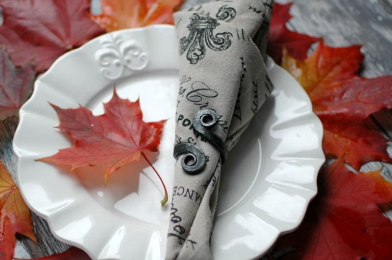 картинка Кованое кольцо для салфеток - DishWishes.Ru
