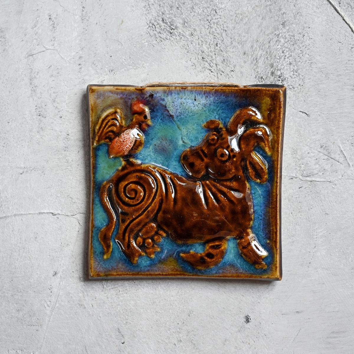 """картинка Изразец ручной работы """"Корова"""" - DishWishes.Ru"""
