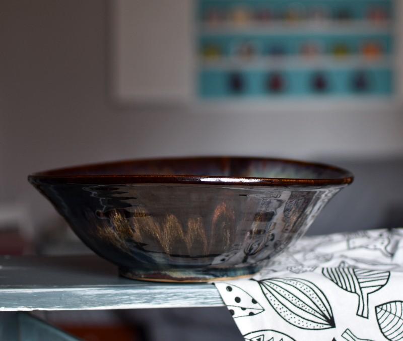 картинка Большой керамический салатник - DishWishes.Ru