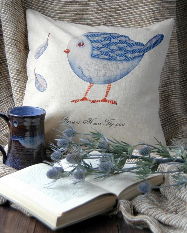 "картинка Чехол на подушку ""Маленькая синяя птичка"" - DishWishes.Ru"