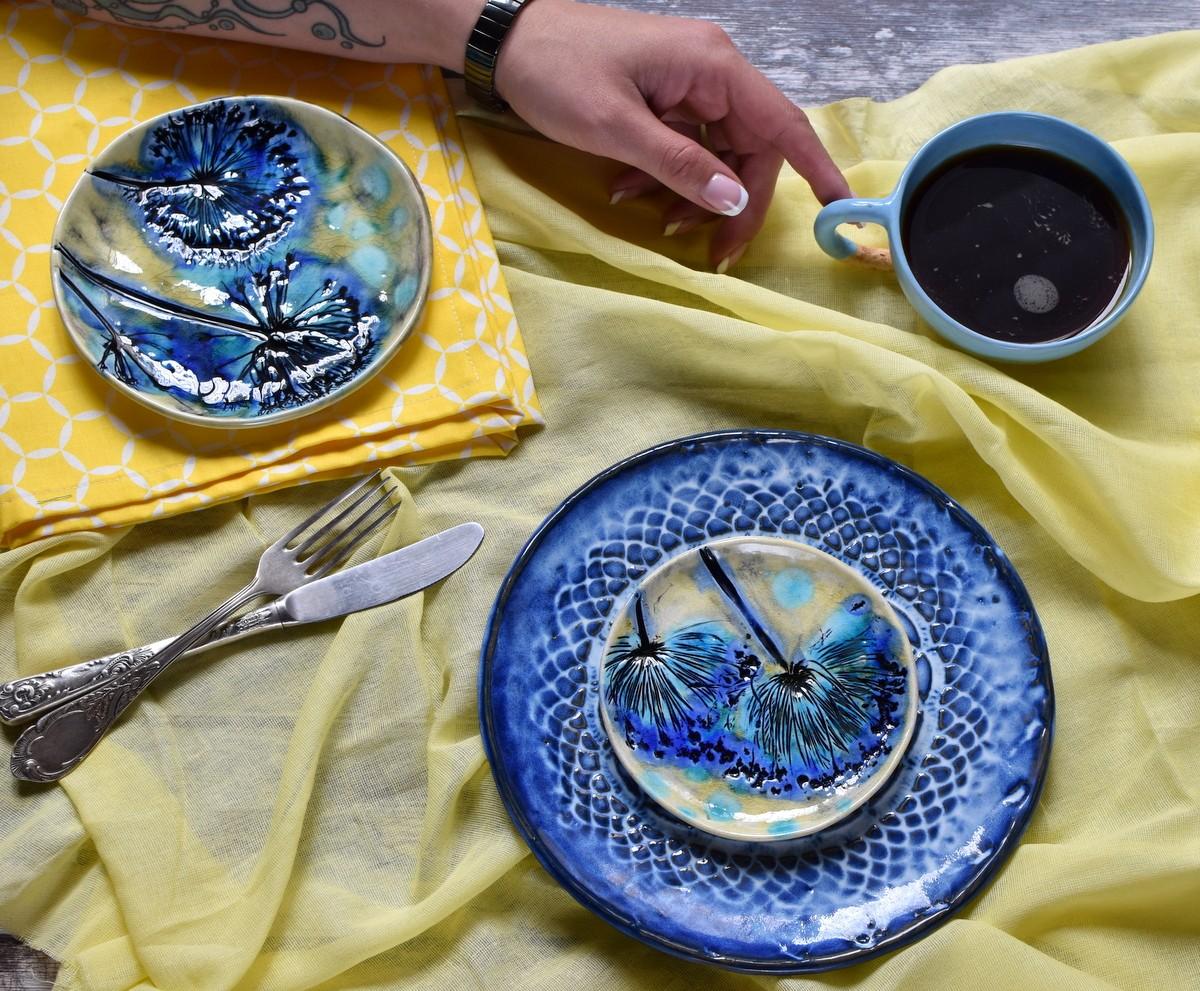 "картинка Керамическая тарелка ""Дикий лук"" - DishWishes.Ru"