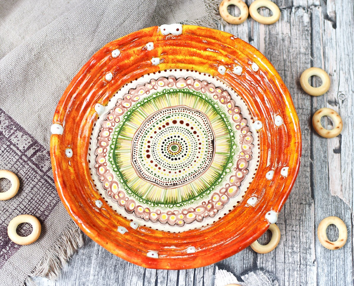 "картинка Керамическая тарелка оранжевая ""Доминикана"" - DishWishes.Ru"
