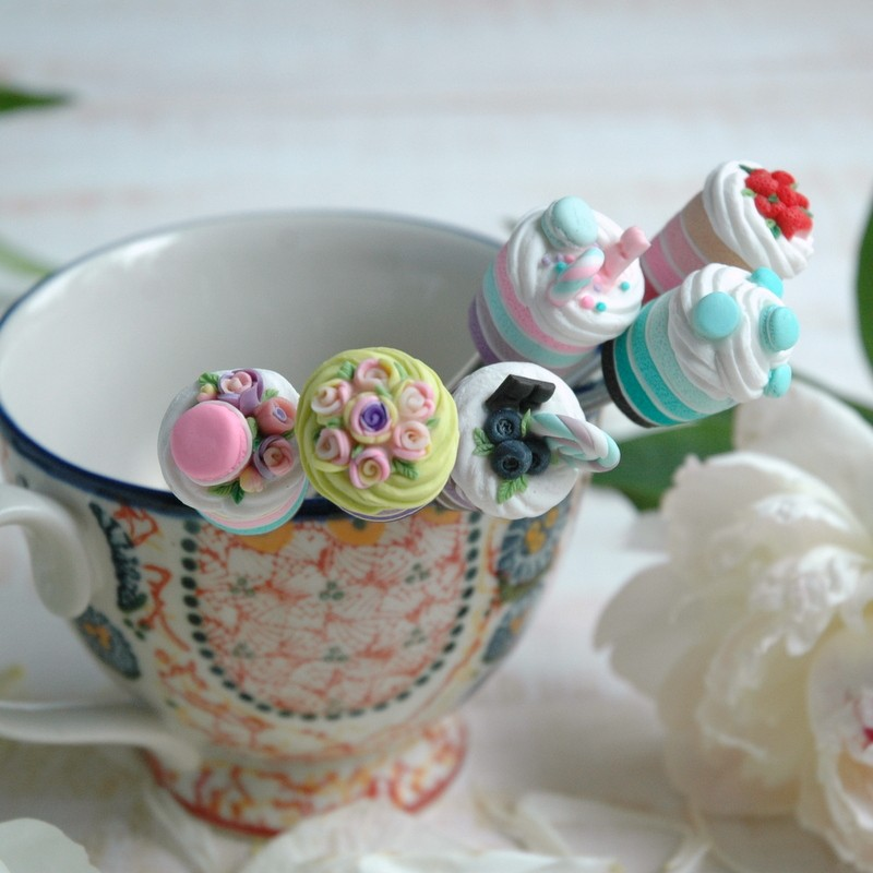 картинка Ложка с тортиком - DishWishes.Ru