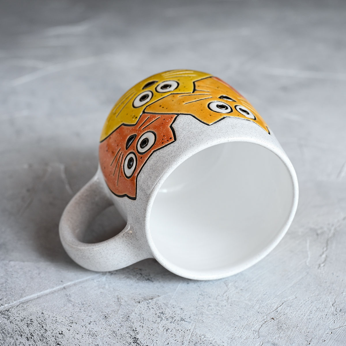 """картинка Кружка """"Котики"""" большая бело-оранжевая  - DishWishes.Ru"""