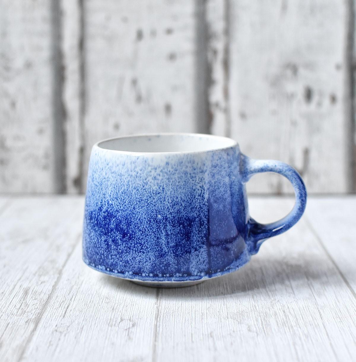 """картинка Чашка ручной работы """"Синий-синий иней"""" - DishWishes.Ru"""