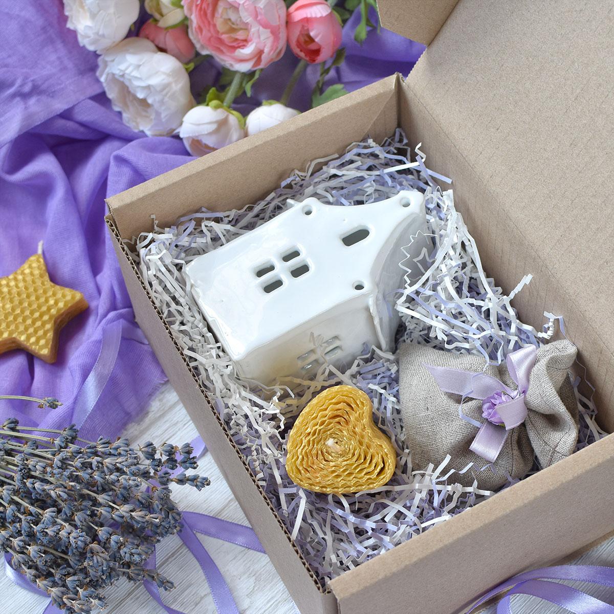 картинка Подарочный набор с домиком-подсвечником - DishWishes.Ru