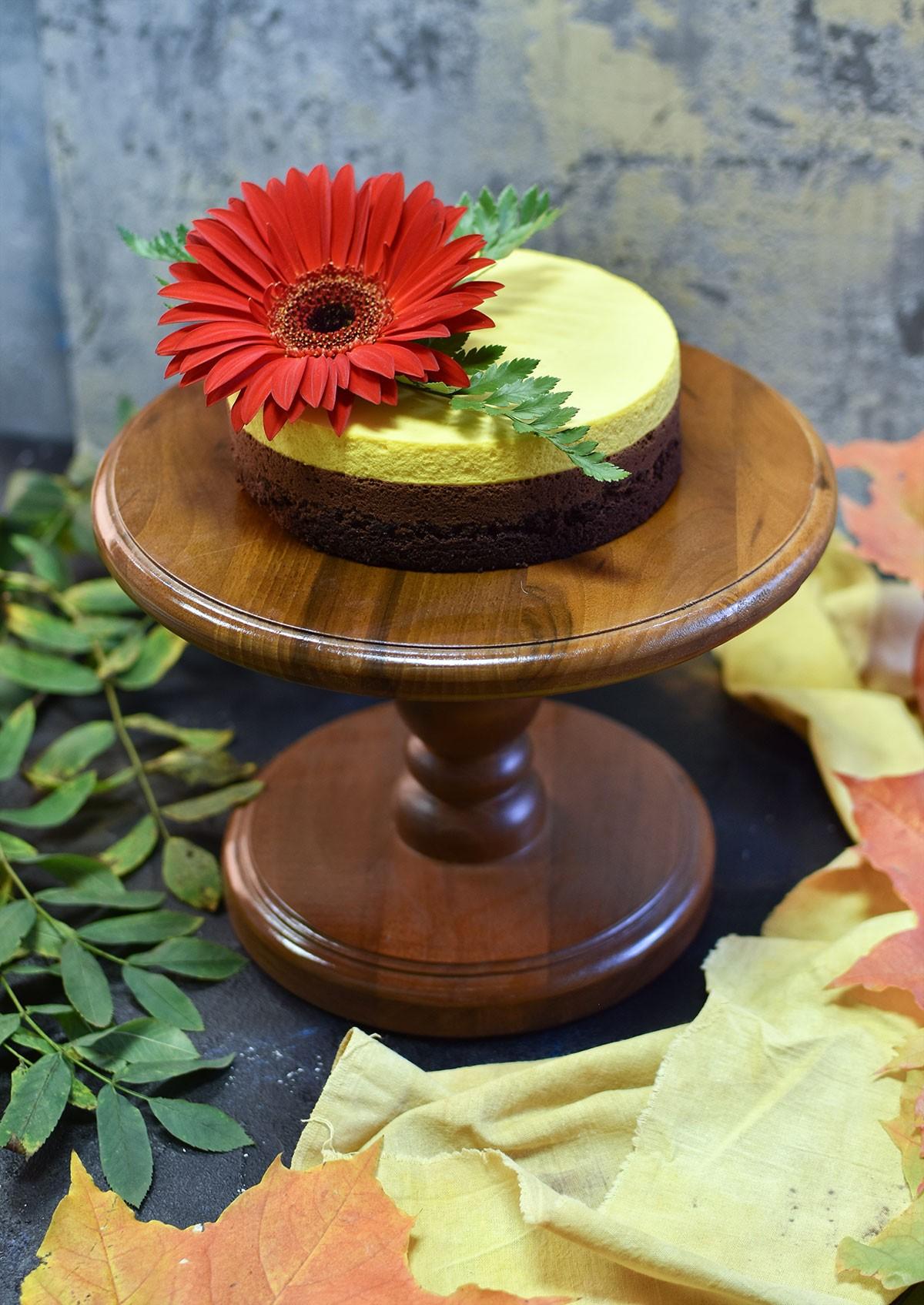 картинка Тортовница из ореха - DishWishes.Ru