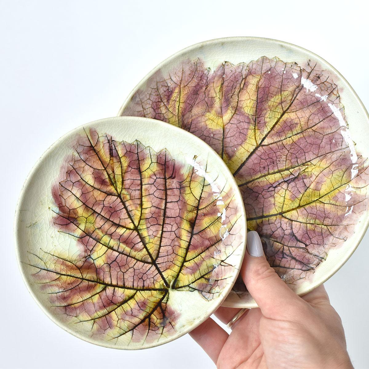 """картинка Керамическая тарелка """"Виноградные листья"""" - DishWishes.Ru"""