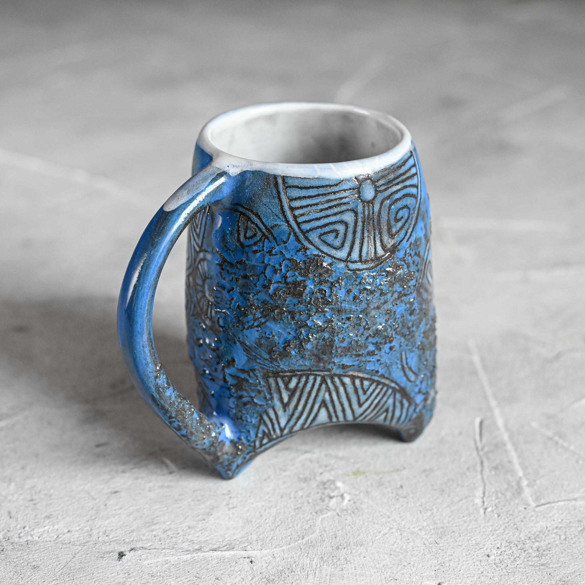 """картинка Небольшая чашка на ножках """"Майя"""" 3 - DishWishes.Ru"""